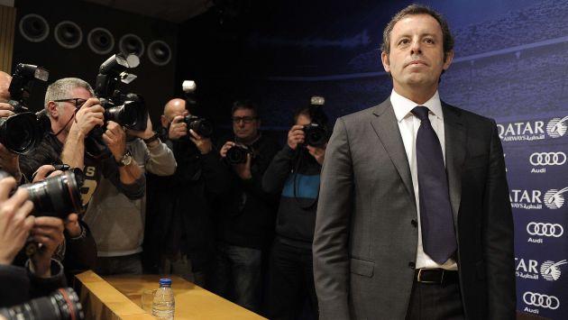 Barcelona: Sandro Rosell dimitió como presidente por compra de Neymar. (AFP)