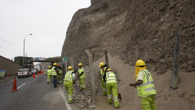 El inicio de las obras para enmallar la Costa Verde causó ayer caos vehicular. (Nancy Dueñas)