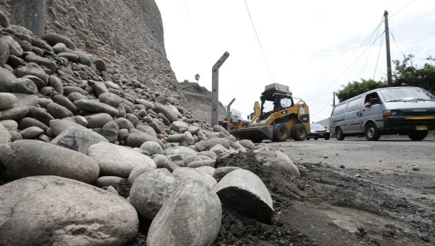 INSEGURO. Emape identificó más de 10 zonas de alto riesgo de derrumbes en la Costa Verde. (Luis Gonzales)