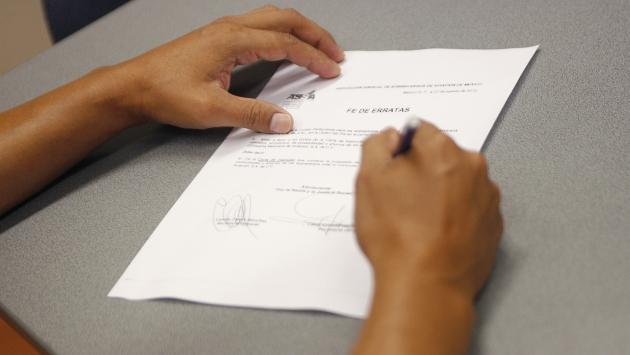 No se permite el registro de un signo que describa las características del producto. (USI)
