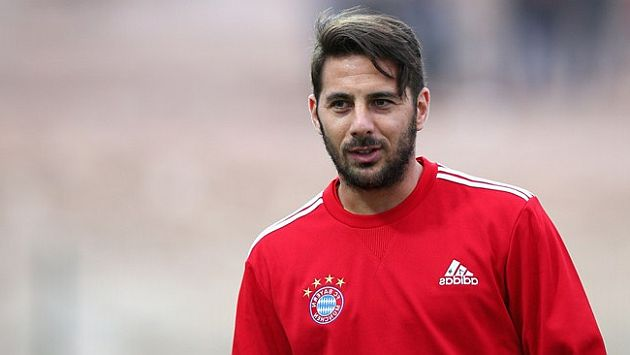 Claudio Pizarro podría jugar en tierras turcas. (Difusión)