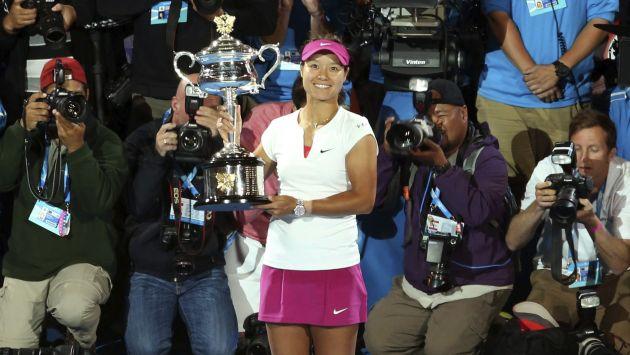 Li Na se emocionó al ganar su segundo Grand Slam. (EFE)
