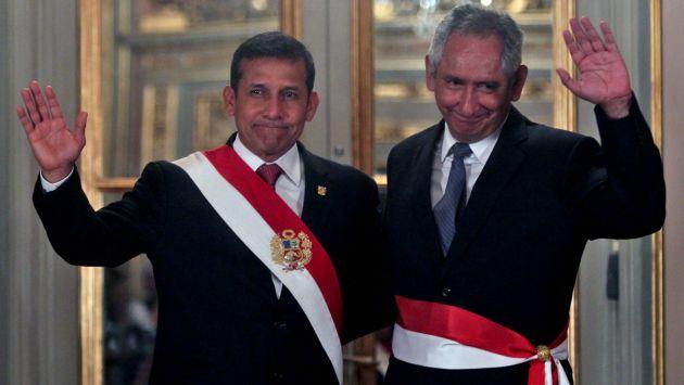 René Cornejo juró como premier en reemplazo de César Villanueva. (Andina)