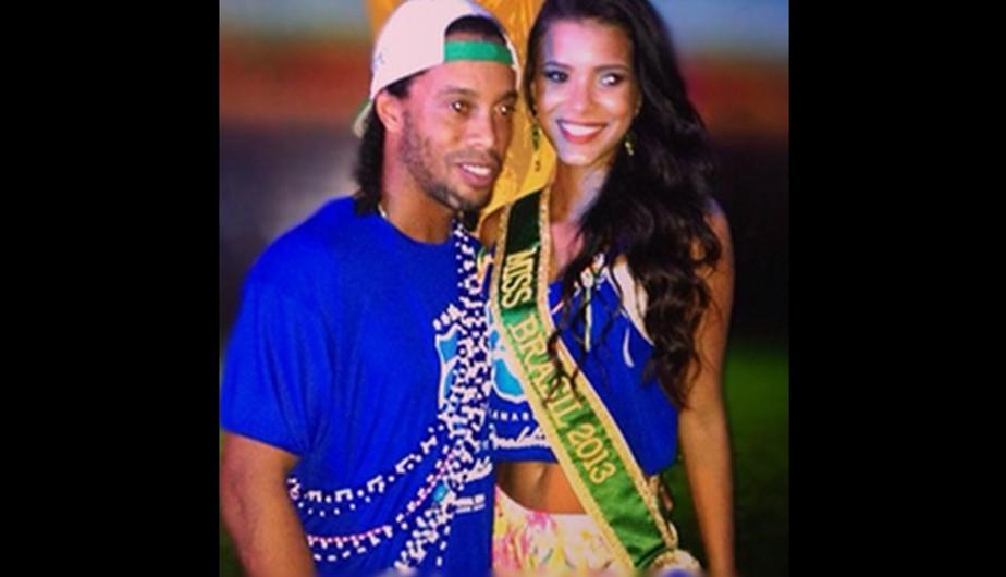 esposa ronaldinho: