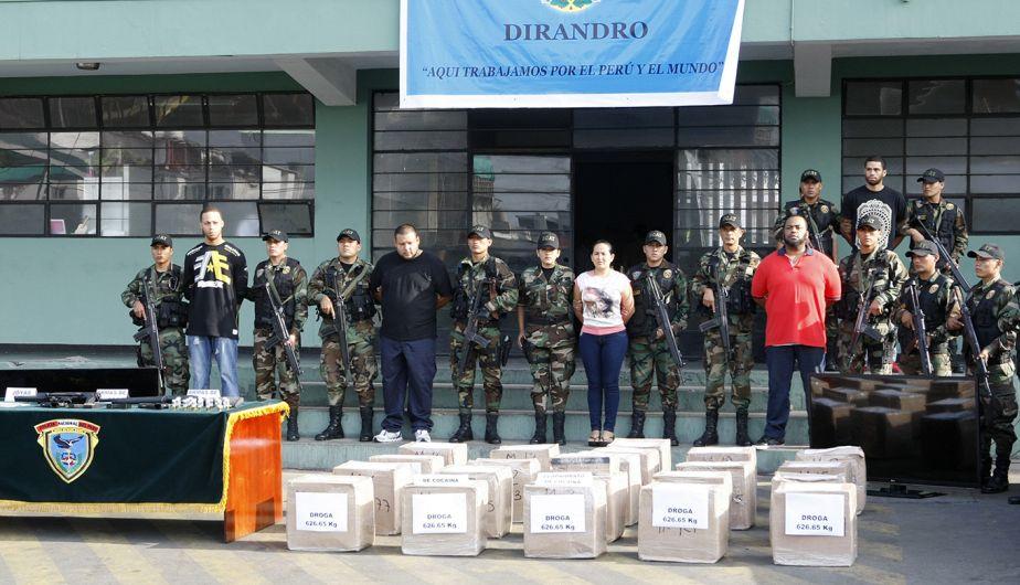 Policía Nacional presentó los 622 kilos de droga y los nueve detenidos que dejó la intervención en 'narcomansión' de La Molina, y en otros inmuebles de La Victoria, Chorrillos y San Isidro. (Andina)