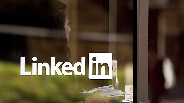 Muchas empresas ya no piden el CV impreso sino solo por LinkedIn. (Bloomberg)