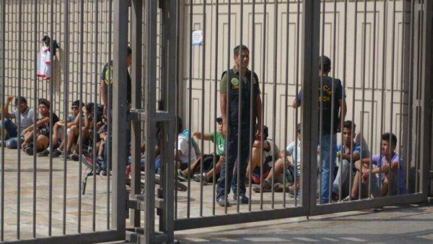 Real Plaza de Centro Cívico: Reportan cierre por amenaza de saqueo. (@cosmosvisual en Twitter)