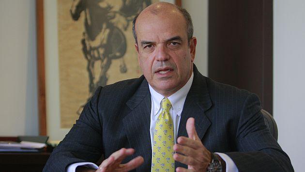 Federico Cúneo no descarta incluir a un psicólogo que evalúe el mal desempeño del club celeste. (USI)