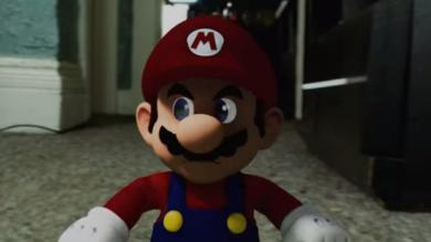Recrean escena de Mario Bros en casa. (Captura)