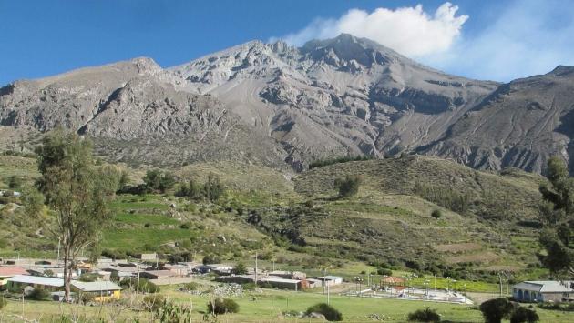 Volcán Ubinas afecta a 2,500 pobladores de Puno. (Defensa Civil)