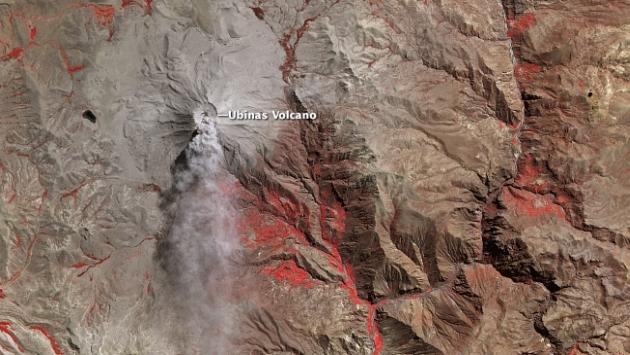 La Nasa tomó una foto del volcán Ubinas. (NASA)