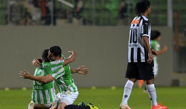 Ronaldinho y Atlético Mineiro eliminados