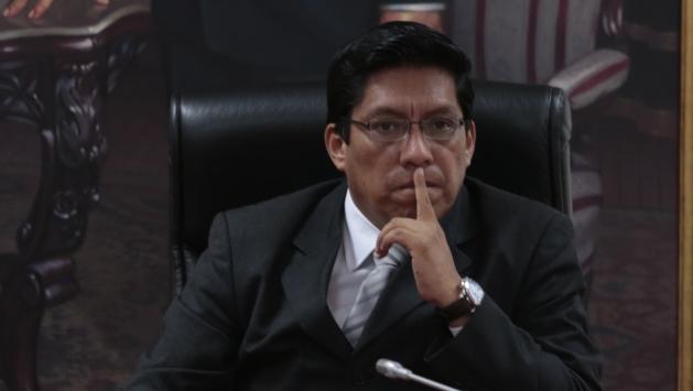 Comisión de Fiscalización información a Procuraduría sobre Gerardo Viñas. (César Fajardo)
