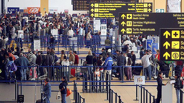 El proceso para la exención de visas es complejo, pero el camino ya está abierto. (USI)