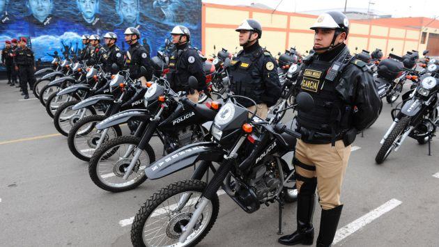 Asbanc entregó 28 motocicletas a las Águilas Negras de la Policía para facilitar su labor. (Difusión)
