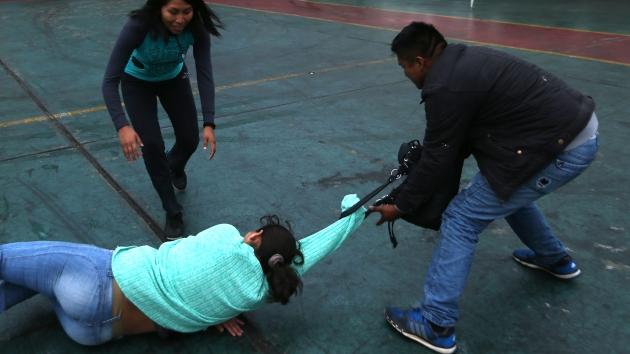 Lima: Hampa 'marca' en centros comerciales. (Rafael Cornejo)