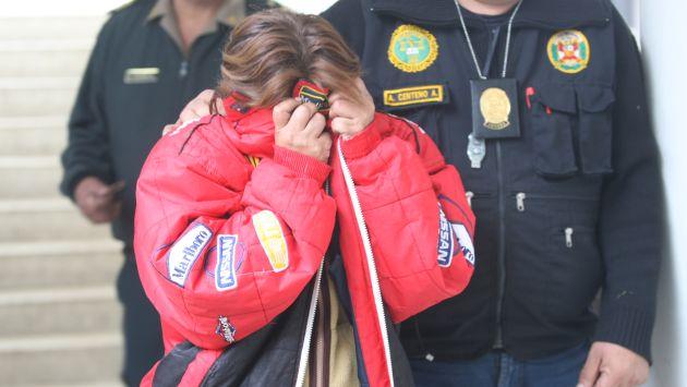 Mujer se come 30 ketes de PBC en operativo policial. (Imagen Referencial/Archivo)