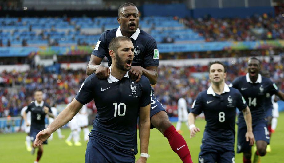 Karim Benzema marcó los dos goles con los que Francia le gana 2-0 a Honduras. (Reuters)