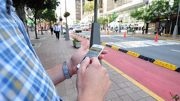 Turistas acceden a Internet gratis en 14 puntos de Miraflores. (Difusión)