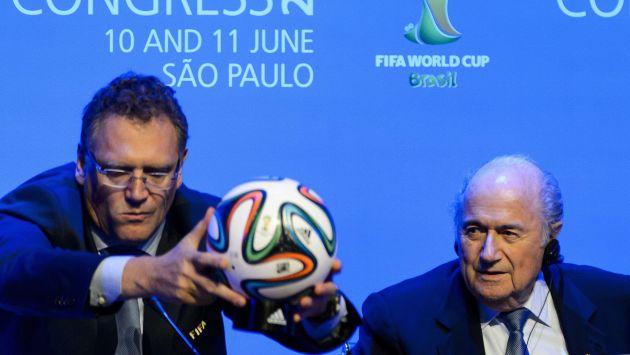 Jerome Valcke y Joseph Batter entregaron resultados. (AFP)
