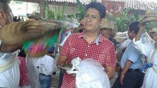 Alcalde se casa con un lagarto en un rito ancestral en México. (sdpnoticias.com)