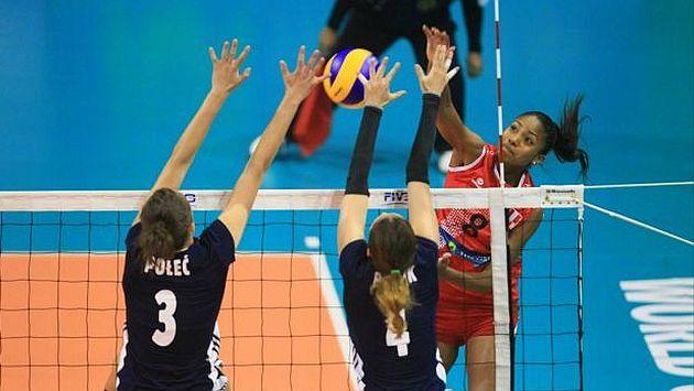 Equipo nacional no pudo contrarrestar el poderío europeo. (El Comercio)