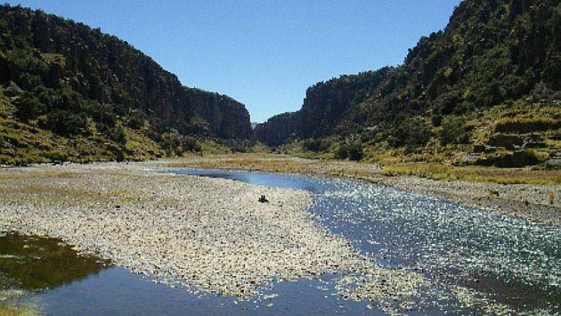 Dos obreros murieron y uno desapareció tras caer al río Apurimac en el Cusco. (USI)
