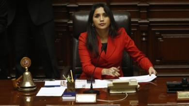 Ana María Solórzano, Alberto Lázaro