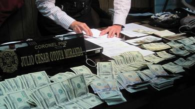 Incautación, Aeropuerto Jorge Chávez, Dólares falsos