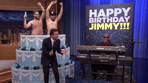 James Franco y Seth Rogen sorprendieron a Jimmy Fallon en su cumpleaños