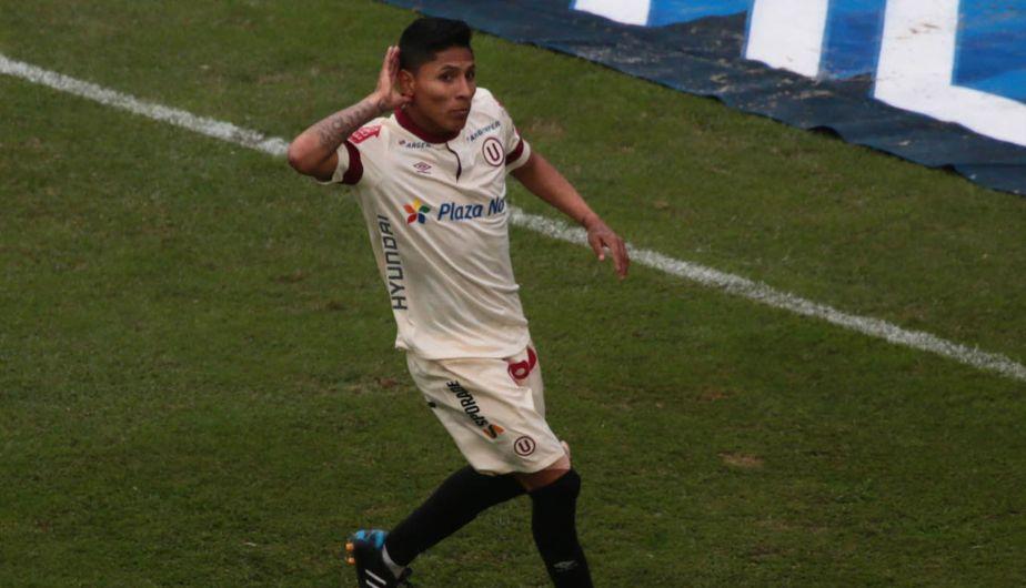 Raúl Ruidíaz le dio el triunfo a Universitario sobre Los Caimanes. (Carlos Lezama/Andina)