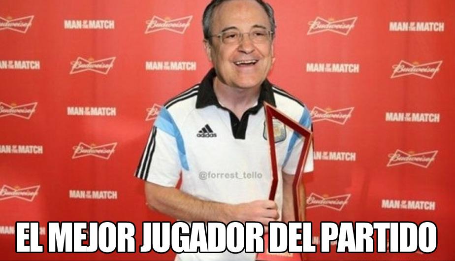 El presidente del Real Madrid, Florentino Pérez, recibiendo un premio por parte de los cibernautas. (Memedeportes.com)
