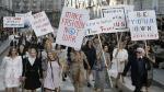 Chanel presentó su nueva colección con marcha feminista en la calle [Fotos] - Noticias de julie delpy