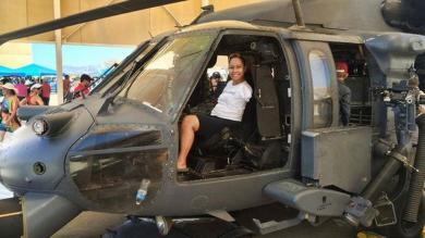 Estados Unidos: Jessica Cox, la primera mujer aviadora que no tiene brazos