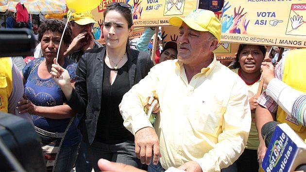 El alcalde de Chiclayo, Roberto Torres, lloró por su novia y pidió que la protejan. (Juan Mendoza/Perú21)