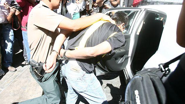 Joven estudiante acusó a policías de ser autores de robo en La Victoria. (Heiner Aparicio/Referencial)
