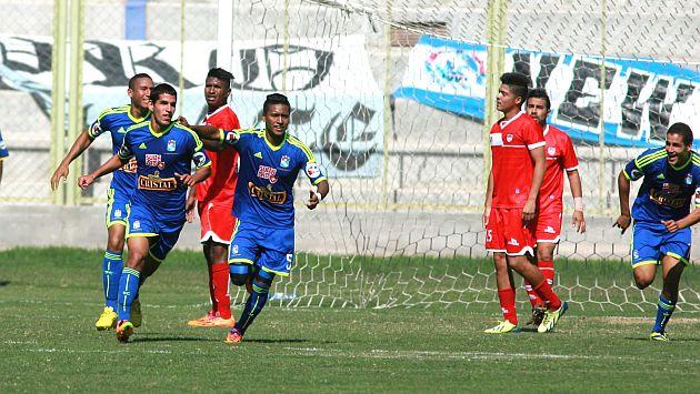Sporting Cristal ganó 3-2 a San Simón con gol agónico