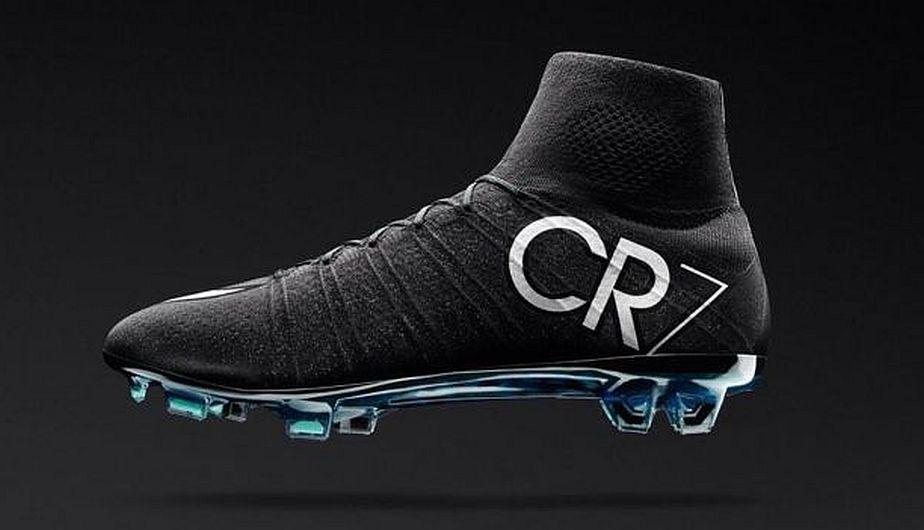 Cristiano Ronaldo  Los chimpunes del crack del Real Madrid para el derbi c9360c4ae73ab