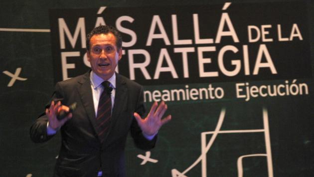 Jorge Valdano sigue metiendo goles desde el análisis certero. (Francisco Cairo)