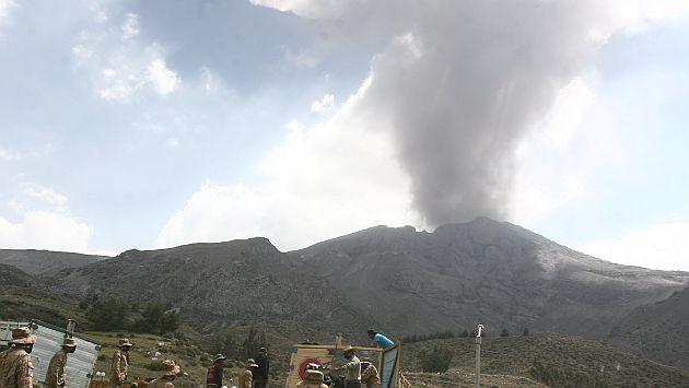 El proceso eruptivo en el volcán Ubinas continúa. (Heiner Aparicio)