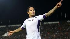 'Loco' Vargas sigue dando la hora en la Europa League