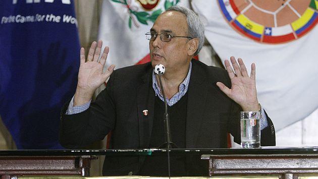Manuel Burga no descartó postular nuevamente a presidencia de la FPF. (Mario Zapata)