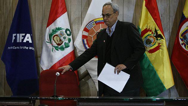 Actualizarían informe del Congreso que encontró culpable a Manuel Burga. (Mario Zapata)
