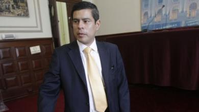 Congresista, Luis Galarreta