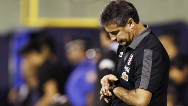 Bengoechea dice que meta de Perú es avanzar la primera fase. (Reuters)