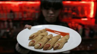 China: Entra al V Bar, un lugar solo para amantes de los vampiros [Fotos]