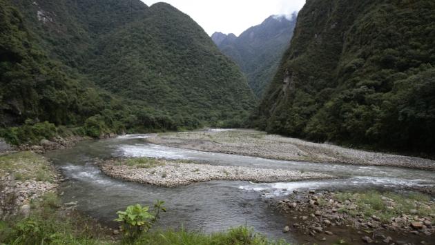 Fuerte caudal del río Urubamba volteó la nave. (Rafael Cornejo)
