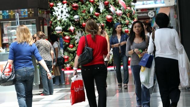 Ten cuidado al hacer tus compras o transacciones bancarias. (USI)
