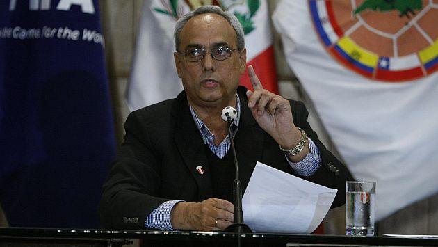 IPD había inhabilitado a Manuel Burga por cinco años de ejercer su cargo al frente de la FPF. (Mario Zapata)