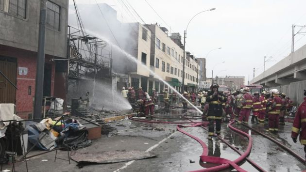 Menores murieron en incendio en taller de La Cachina. (Mario Zapata)